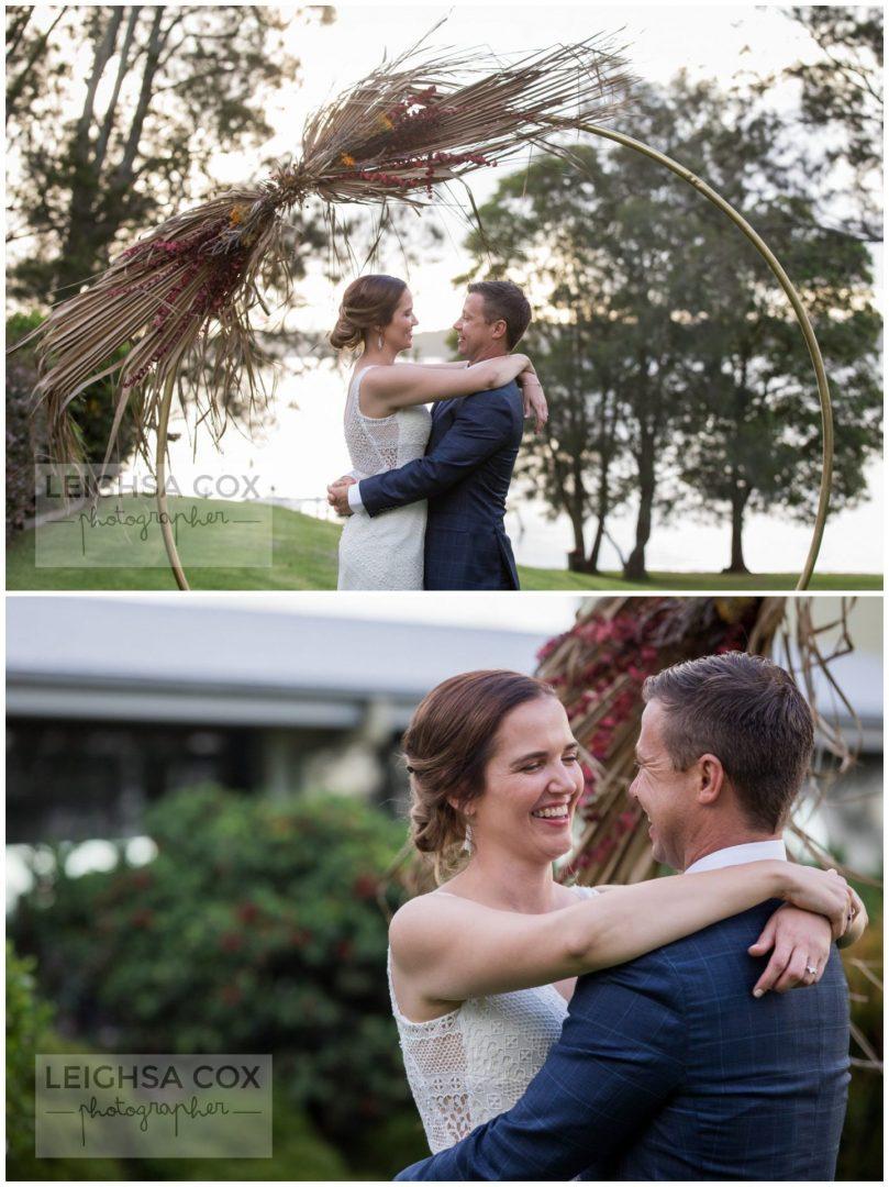 lake macquarie wedding couple