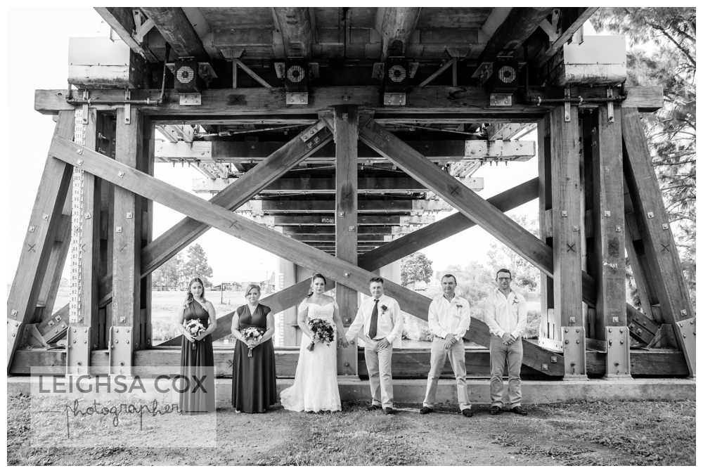 morpeth bridge wedding photo
