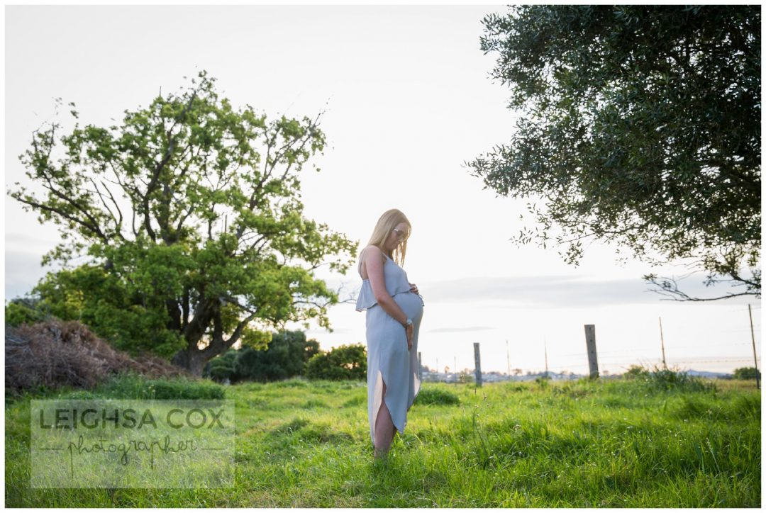 maternity portraits in the field